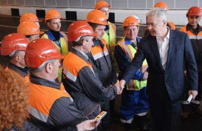 Мэр Москвы Сергей Собянин открыл движение по новому тоннелю, построенному на пересечении Дмитровского шоссе и Московской кольцевой автомобильной дороги