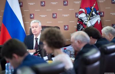 Заммэра, руководитель департамента транспорта Максим Ликсутов доложил мэру Москвы Сергею Собянину о постановлении, которое упрощает возврат средств за неправомерную эвакуацию и стоянку автомобилей