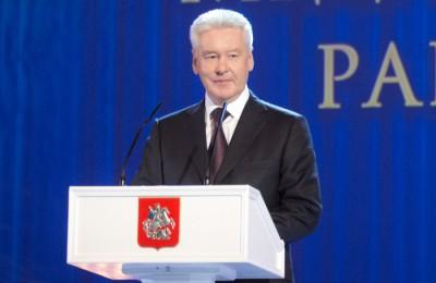 Мэр Москвы Сергей Собянин поздравил медработников накануне профессионального праздника