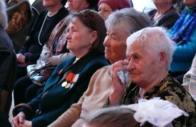 699 ветеранов ВОВ, проживающие в районе Братеево, награждены в прошлом году юбилейными медалями «70 лет Победы в Великой Отечественной войне 1941-1945 гг.»