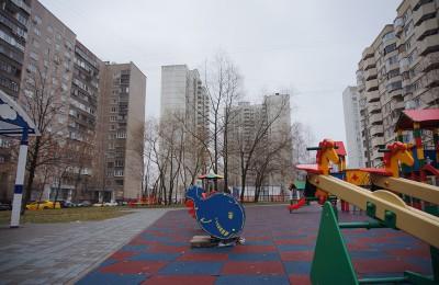Площадка в районе Братеево