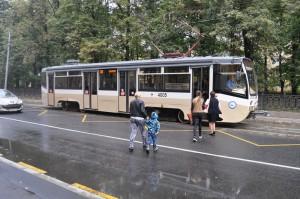 Современный трамвай № 38 в ЮАО