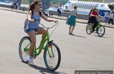 В 15 парках Москвы пользователи проекта смогут бесплатно взять напрокат спортивный инвентарь