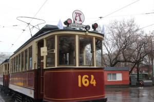 Московский трамвай старого образца