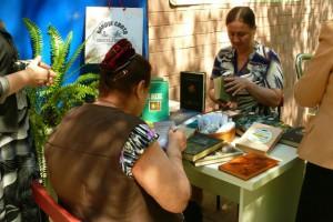 В читальнях под открытым небом посетители смогут ознакомиться со свежей прессой и книжными новинками