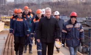 Мэр Москвы Сергей Собянин сообщил о том, что полноценный дублер МКАДа между Мичуринским и Можайским будет реализован в этом году