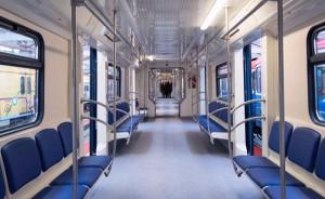 Поезд московской подземки