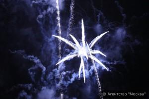 Запуск фейерверка в Москве