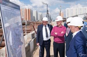 Мэр Москвы Сергей Собянин в ходе осмотра строительства новой станции метро