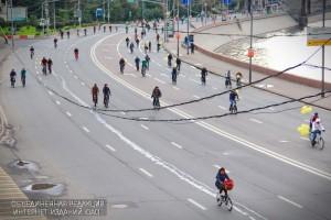 В Москве прошел осенний велопарад приуроченный ко Всемирному дню без автомобиля