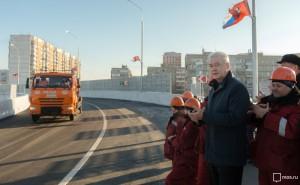Новый путепровод, движение на котором открыл Сергей Собянин, связал восточные и западные кварталы Щербинки