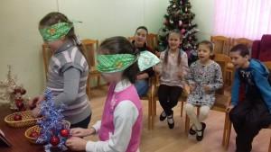 Юные жители Братеева на праздничной встрече в библиотеке на Ключевой