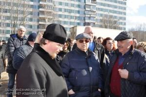 Советник мэра Владимир Ресин и префект ЮАО Алексей Челышев посетили стройплощадки храмов в округе