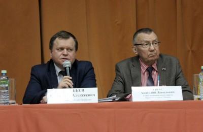 На фото слева глава управы района Братеево Александр Воробьев, справа - глава муниципального округа Братеево Анатолий Грузд