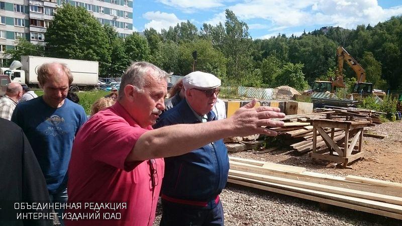 Чиновники проверили строящиеся храмы в ЮАО