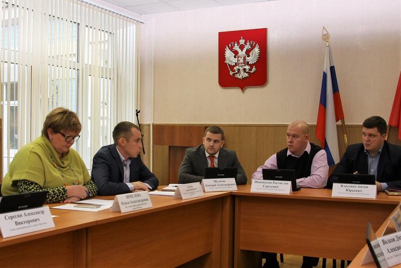 Депутаты согласовали меры по оказанию адресной помощи нуждающимся жителям