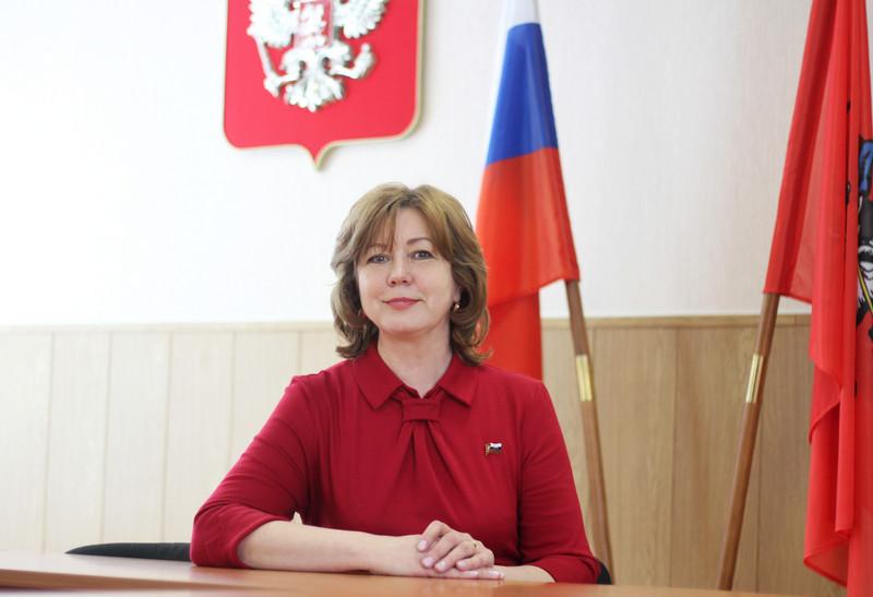 Депутат Ирина Романова