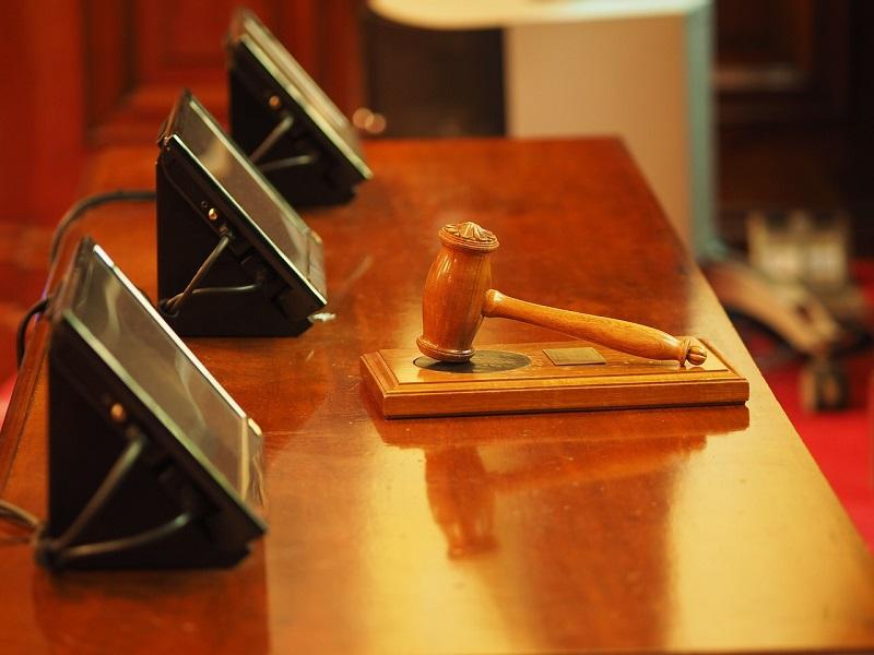 Суд назначил 300 часов исправительных работ для водителя, напавшего на пешего инспектора «Московского паркинга»