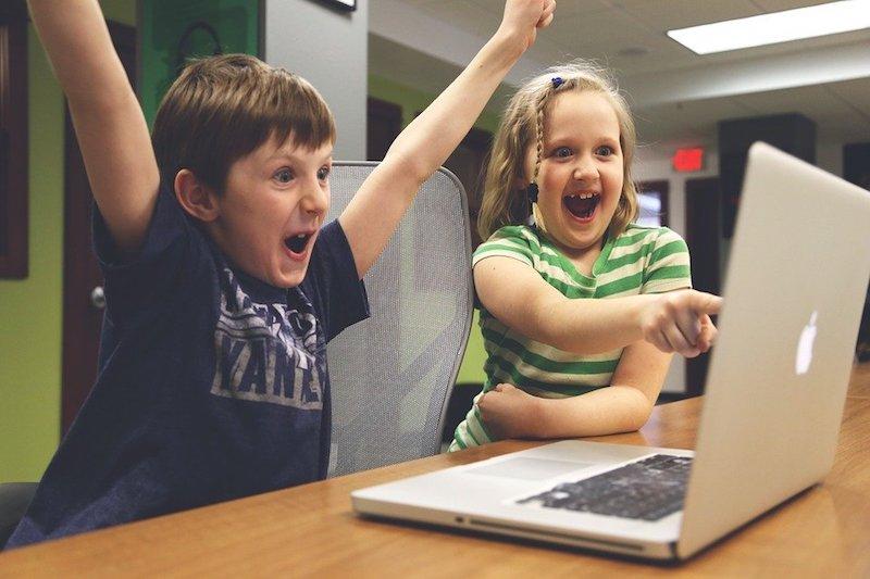 Дети компьютер досуг пикса